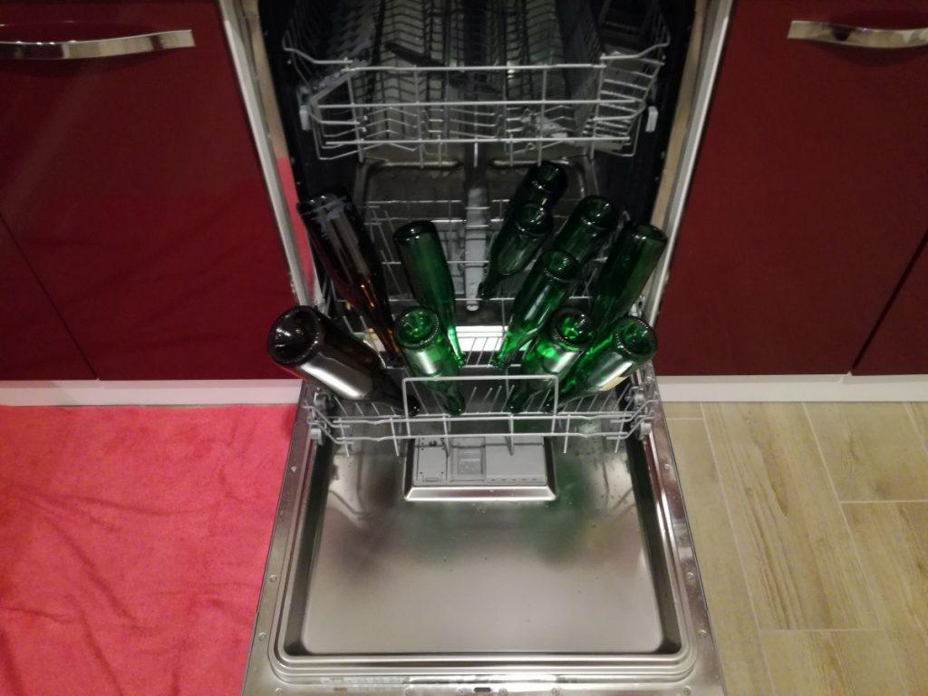 sanitizzazione bottiglie in lavastoviglie
